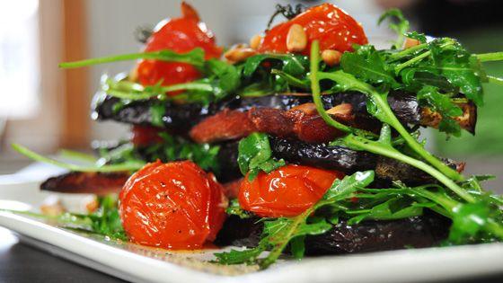 Millefeuille van aubergines met gedroogde ham