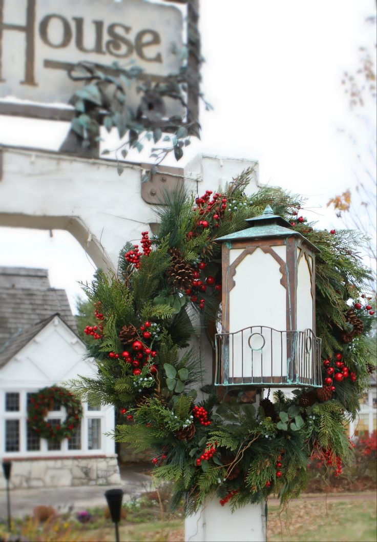 Rustic Elegant Christmas Décor At Big Cedar Lodge. Http://www.big
