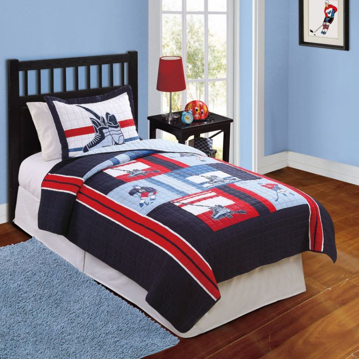 31 best hockey quilts images on pinterest afghans for Kids hockey room