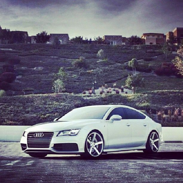 Hotty in the hills- Audi A7