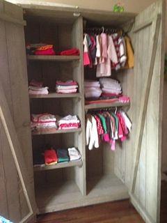 kast voor babykamer van steigerhout. Zelfgemaakt en ook op aanvraag te koop!