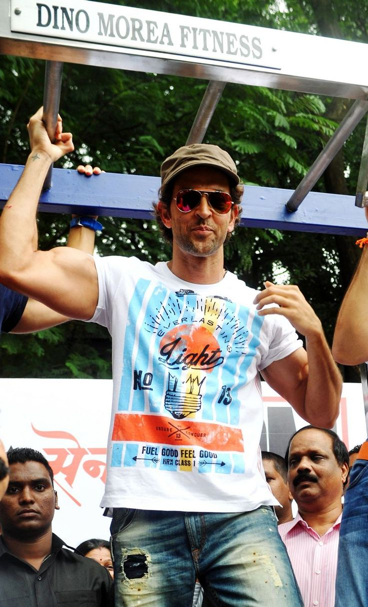 Hrithik Roshan at Dino's fitness station launch #Bollywood #Fashion #Style #Handsome