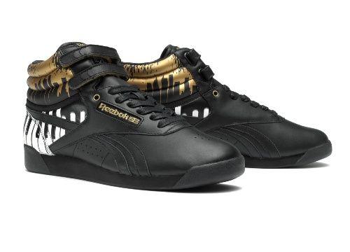 Alicia Keys firma una collezione di sneakers per Reebok Classics