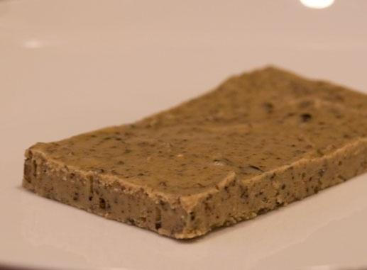 raw chocolate cashew fudge #paleo #dessert