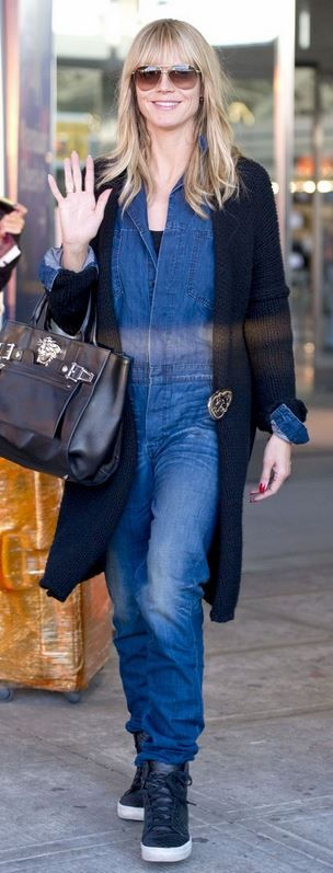 Who made  Heidi Klum's black sneakers, handbag, and blue denim jumpsuit?