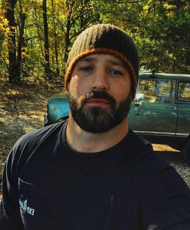 Tattooed masculine man gets slammed bare