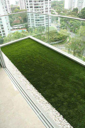 Convierte tu balcón en un jardín con hierba artificial…