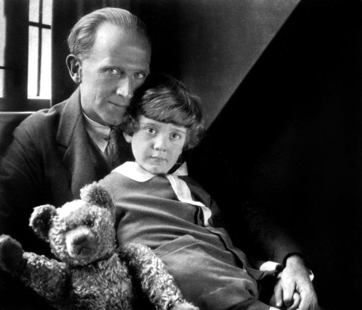 New Goodbye Christopher Robin Trailer Takes a Look at Winnie the Pooh's Creator