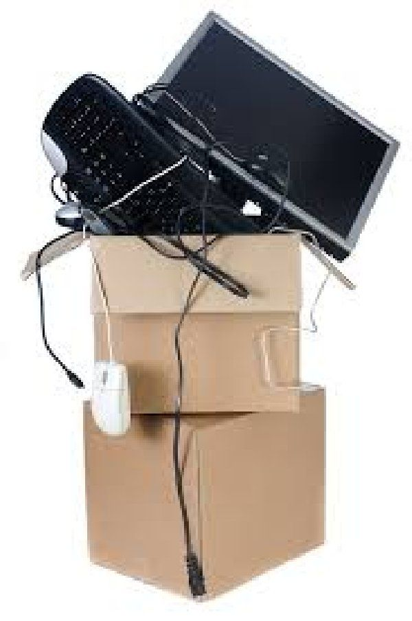 Office computer wifi internet router connection business relocation in dubai Picture