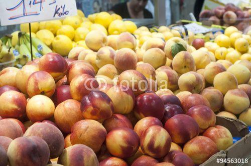 """Peaches at farmers market"" creata da morgan capasso"