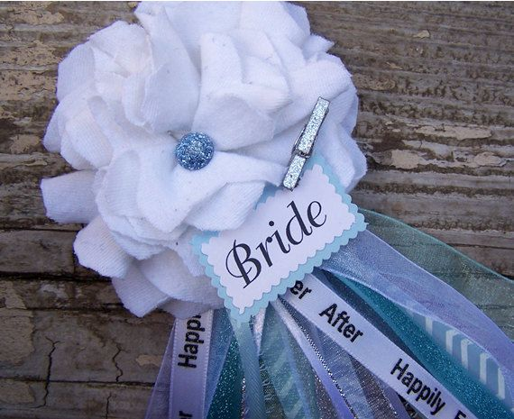 white and blue bridal shower corsage bride to be by bloomingparty 1200 bridal shower corsage pinterest bridal shower bridal shower corsages and