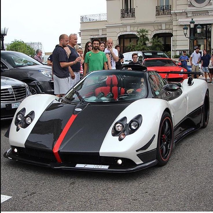 Pagani Zonda Cinque Roadster: 2548 Best Images About Bugatti Chiron On Pinterest