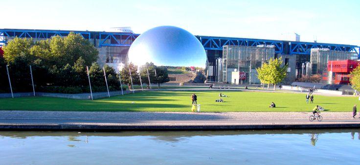 Le Parc de la Villette | Paris 19e arrdt. - Music, Culture, Architecture, Technology, this is an huge park in North-East of Paris where you can meet with real parisians and not only tourists...