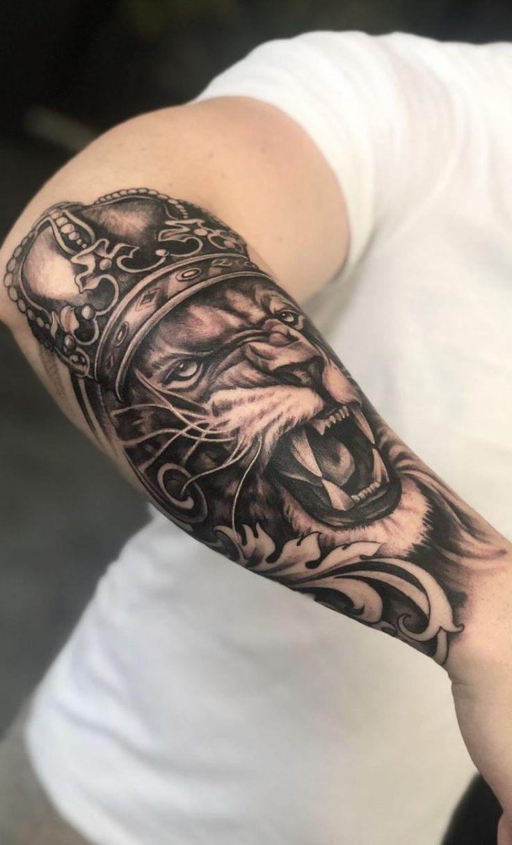 22 Tattoo manga hombre