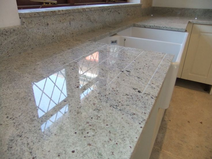 Statue of Cashmere White Granite for Countertop and Kitchen Island