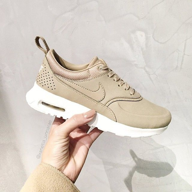 nike air max thea premium leather camel