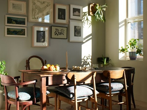 Love the serenity the wall decorations bring in combination with the sunlight
