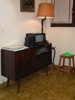 les 25 meilleures id es de la cat gorie meuble st r o sur pinterest style milieu du si cle. Black Bedroom Furniture Sets. Home Design Ideas