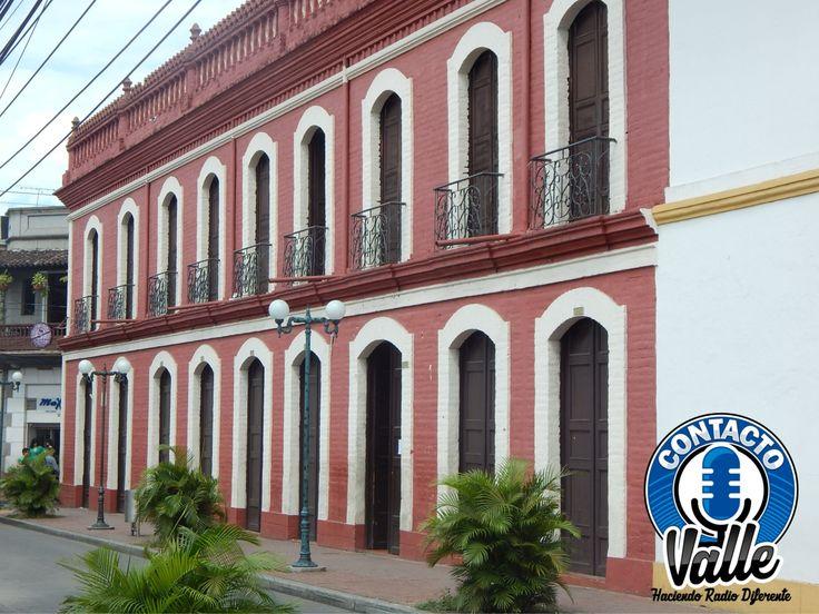 La Universidad del Valle.