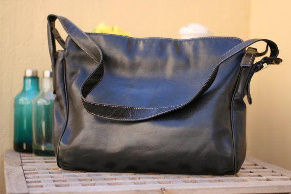 Borsa a tracolla Gianfranco Ferre' in pelle vintage italiano / Genunine leather italian shoulder bag. #bag #gianfrancoferre #italian #vintage