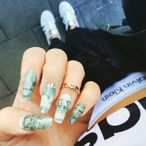 25 best tema money images on pinterest money nail designs and money nail art i have no idea how they did it but it looks good prinsesfo Gallery