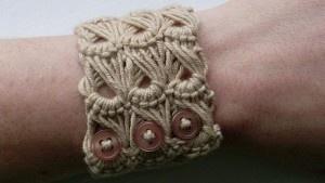 Вязаный крючком браслет с перуанским узором «Брумстик»