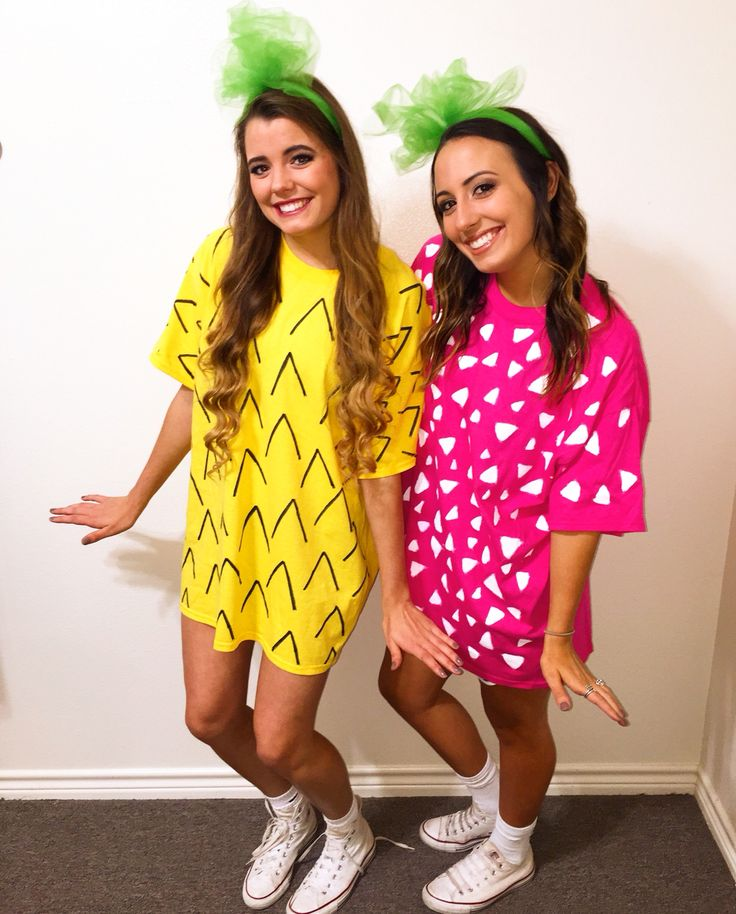 Easy DIY best friend Halloween costume!