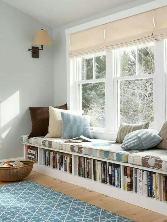 Window seat with bookshelf
