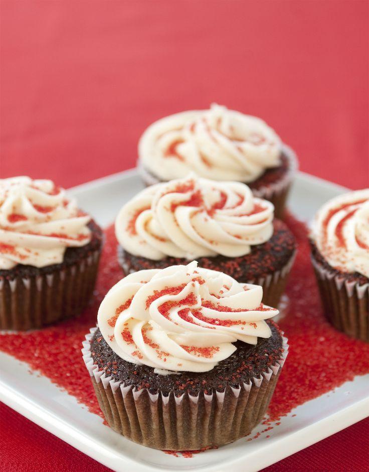 Best 25+ Vegan red velvet cupcakes ideas on Pinterest   Vegan red ...