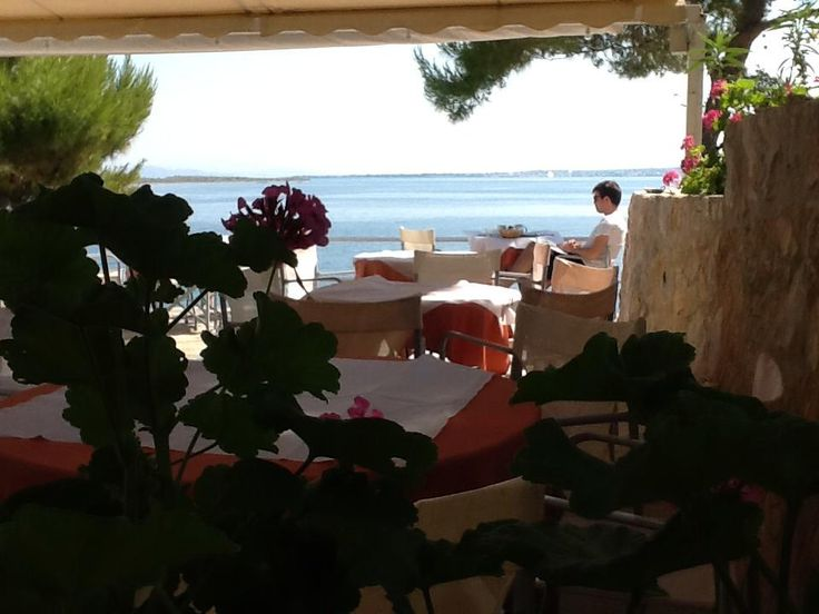 Rosy's Little Village, Agistri Island, Greece. Breakfast http://www.organicholidays.com/at/1408.htm