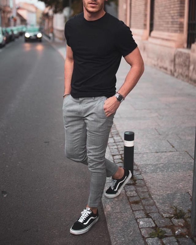 Men Fashion Classy Summer Men Fashion Classy In 2020 Men Fashion Casual Outfits Mens Summer Outfits Mens Trendy Outfits