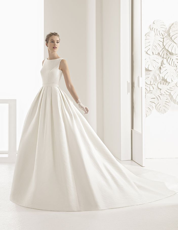 1000+ ideas about Rosa Clara on Pinterest  Bridal Collection, Wedding ...