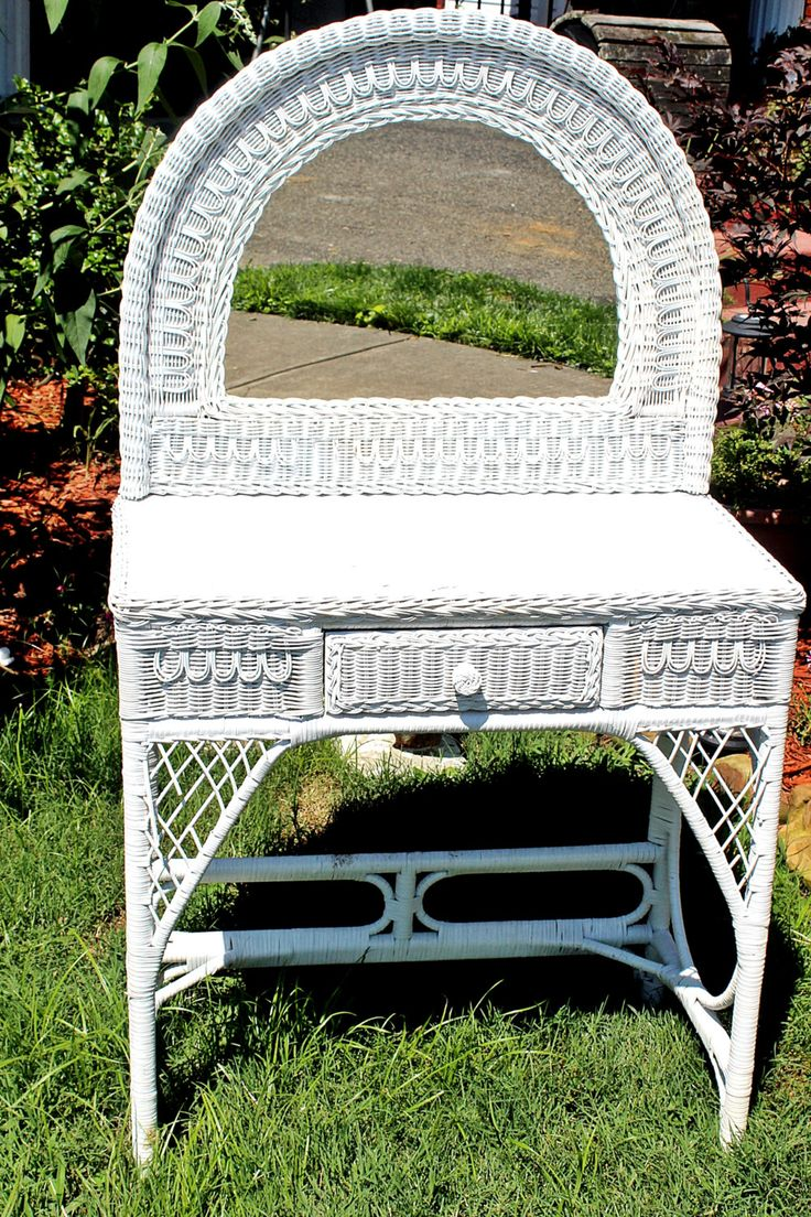 Vintage White Wicker Vanity With Mirror Table White