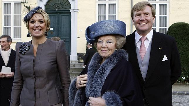Beatriz de Holanda cumple 74 años en medio de rumores de abdicación