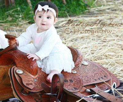 young cowgirl, baby photography, country, saddle