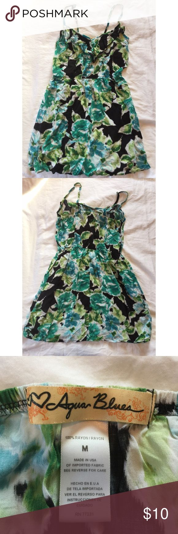 Aqua Blues floral dress This dress is perfect for the upcoming warm weather. Extremely comfortable and flattering 👗 Aqua Blues Dresses Midi
