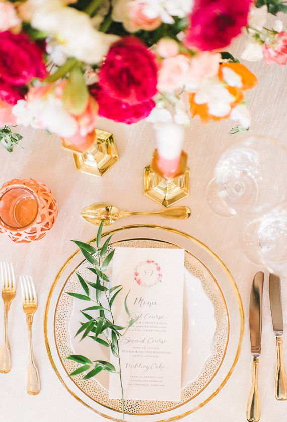 / Pin curated by Pretty Planner Weddings & Events www.prettyplannerweddings.com /  Gold place setting