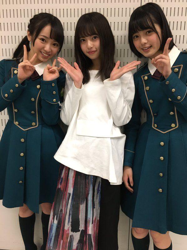 """乃木坂46さんのツイート: """"初Mステを終えた欅坂46のお2人と写真を撮りました。 サイレントマジョリティーのダンスとっても好き!まわった時に広がるスカートも好き! あ、乃木坂46 ハルジオンが咲く頃 発売中です(^O^) https://t.co/sdSr3ESE5r"""""""