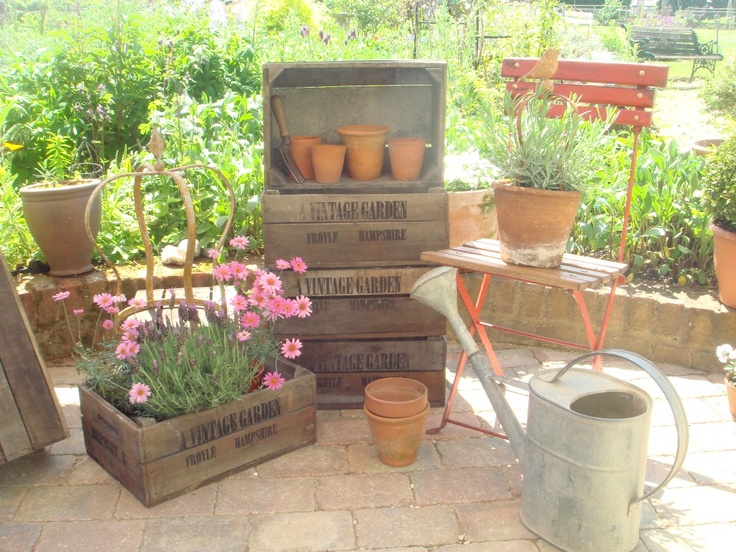 boxes: Google Para, Shops, Vintage Wardrobe, Boxes, Vintage Gardens, Vintage Containers, Products, Crates