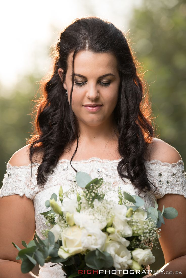 Some gorgeous makeup and a beautiful bride #LoveThis #MakeUpLove