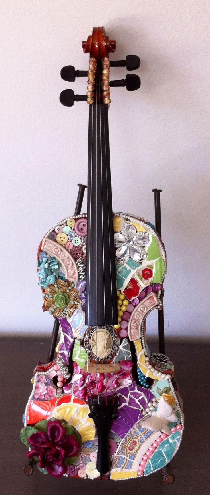 Violin / Can't imagine creating this. There is sooo much talent and imagination in the world!