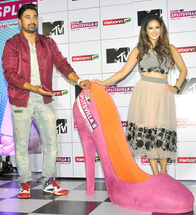 Rannvijay Singh and Sunny Leone at a MTV Splitsvilla 8 event. #Bollywood #Fashion #Style #Handsome #Beauty