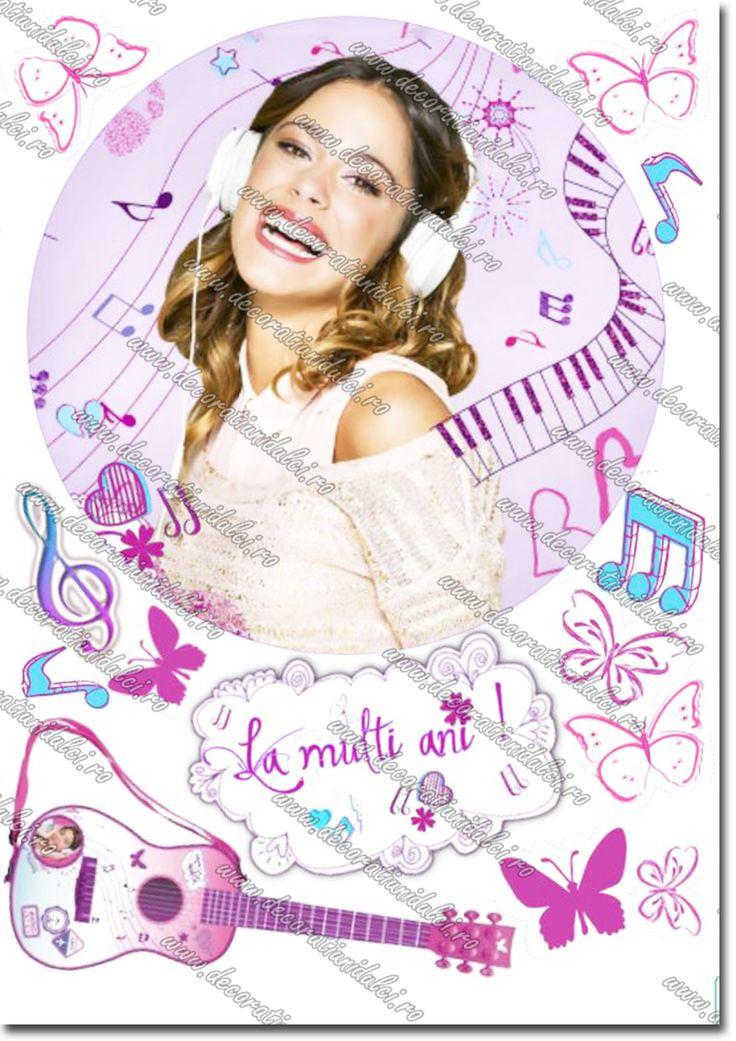 Imagine imprimata, cu cerneala comestibila, pe coala din pasta de zahar cu personajul filmului pentru adolescenti Violetta. Edible icing paper print with Violetta.