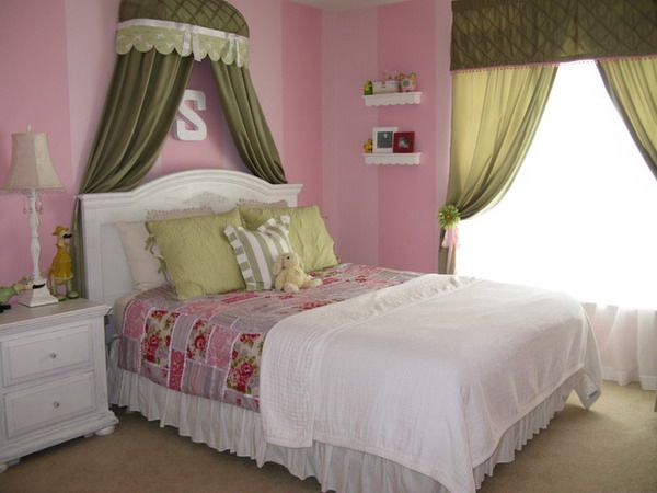 Rooms With Canopy Beds: 1000+ Ideas About Girls Room Curtains On Pinterest