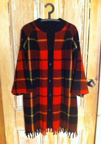 VTG L / size 10 : Women's Plaid Wool Jacket - Oversize, Pendleton, Hunter, Red!!
