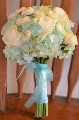 tiffany blue wedding ideas, tiffany blue bouquet, tiffany blue flowers by Flour and Flower Designs and Flower Designs