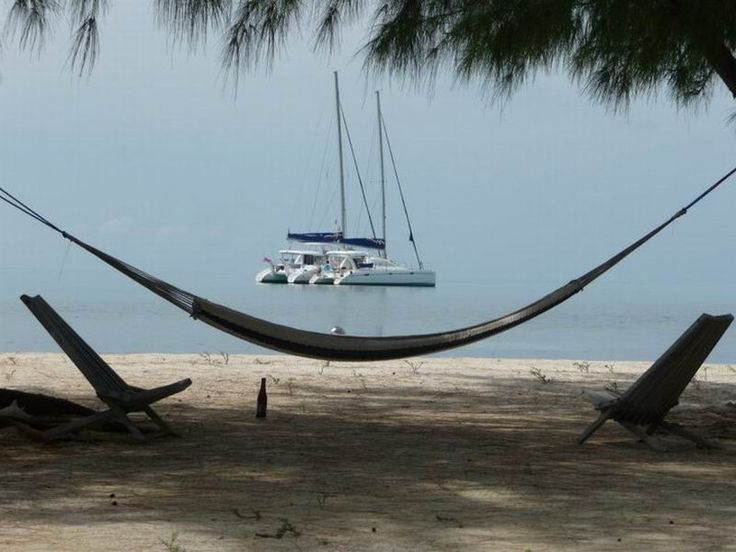 Sailing with Voo Voo Voo Belize chillout...