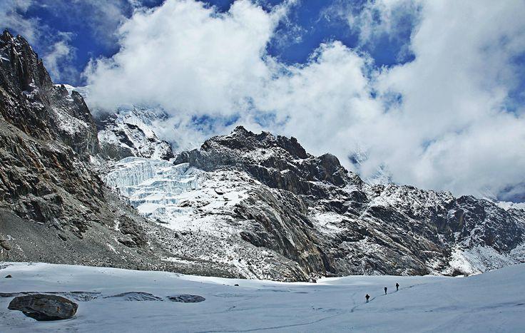 Crossing Cho La Pass. #Himalaya #Everest #Nepal