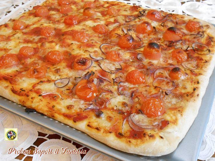 Pizza facilesenza impasto Adoro mangiare la pizzafarcita in tutte le sue variantima anche semplicemente con pomodoro e mozzarella.La parte difficile è