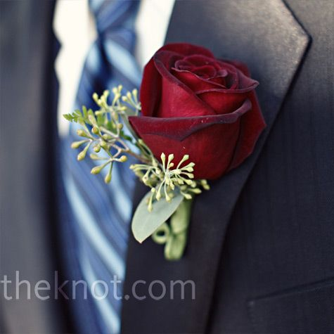 Boutonniere: Nice without the eucalyptus    The groomsmen wore roses with seeded eucalyptus on their lapels to match the bridesmaid bouquets.
